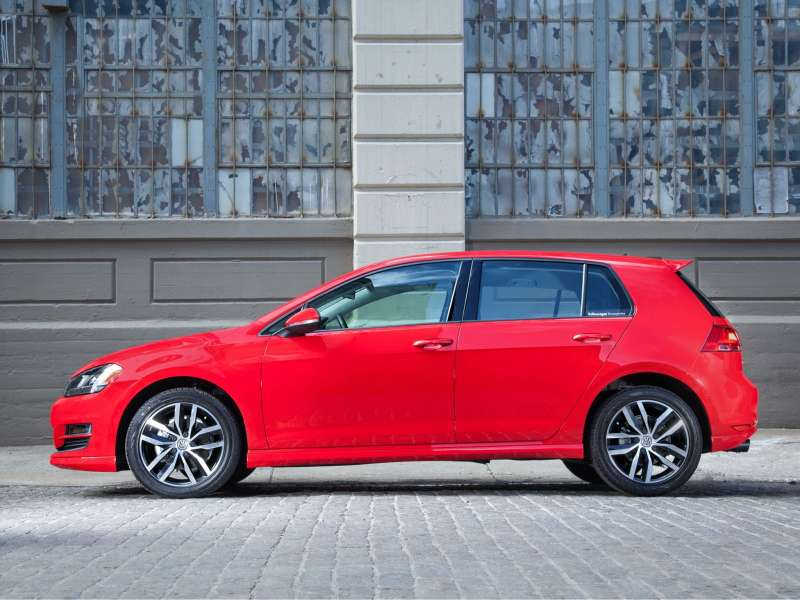 Volkswagen_Golf_Hatchback 5door_2014