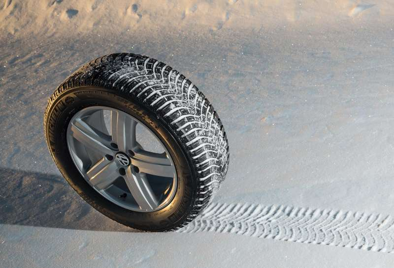 Michelin_Latitude_X_Ice_2_Plus_004
