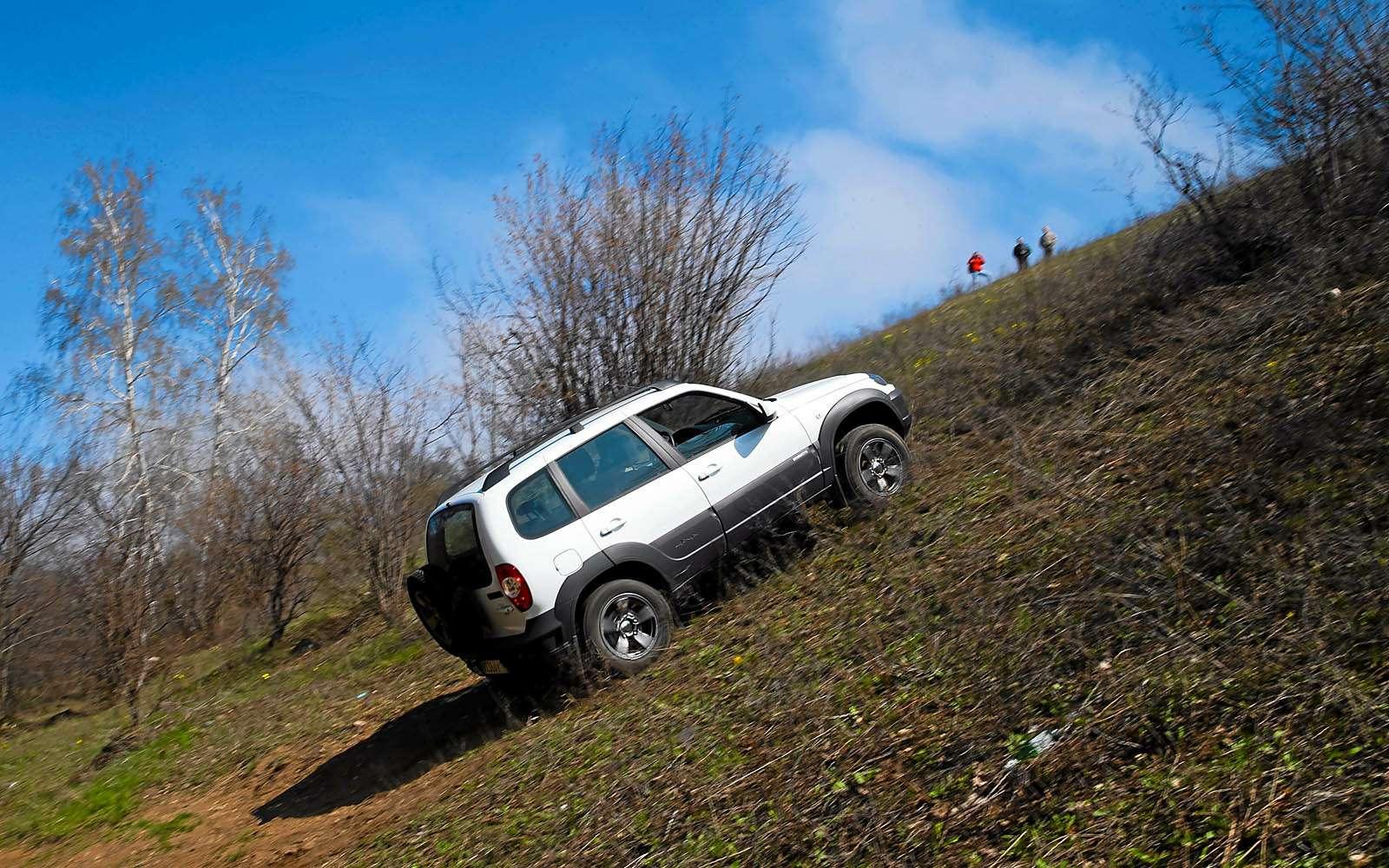 Chevrolet Niva: 10000 километров замесяц— фото 603202