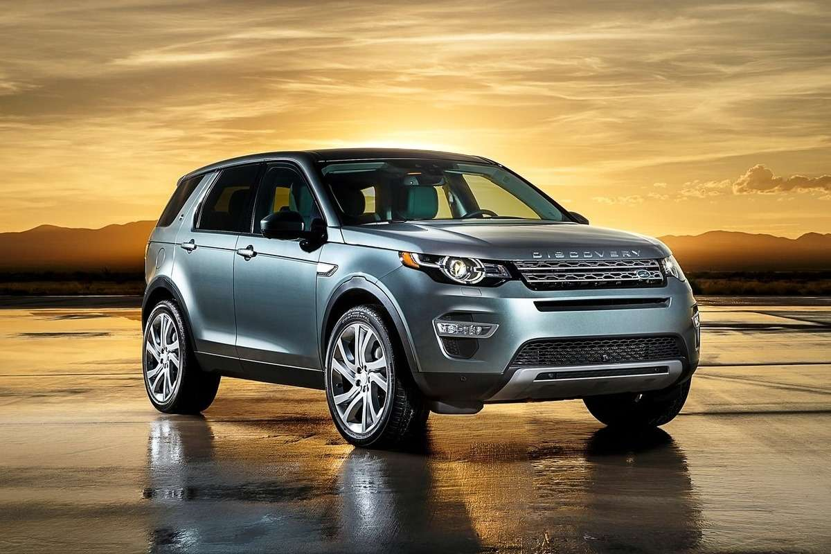 Land_Rover-Discovery_Sport_2015_1600x1200_wallpaper_01