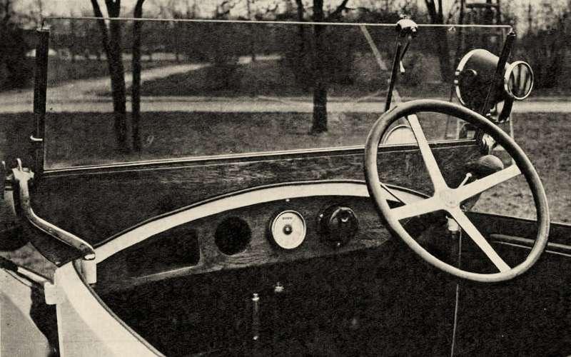 Первая легковушка СССР: унее был правый руль!