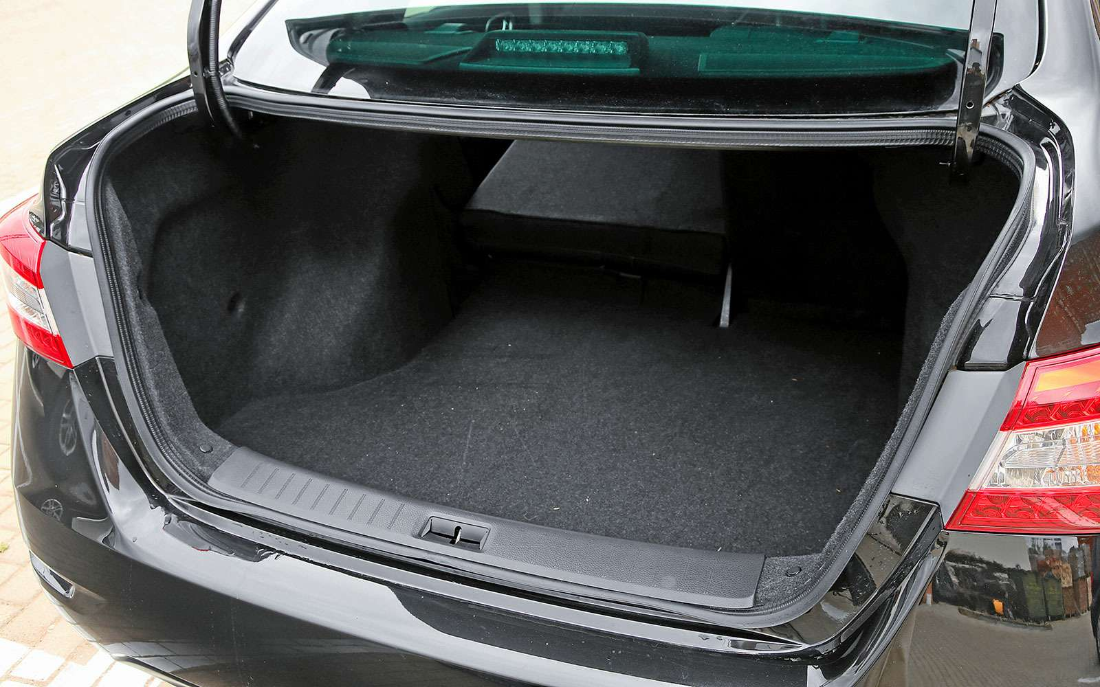 Багажник Nissan Sentra