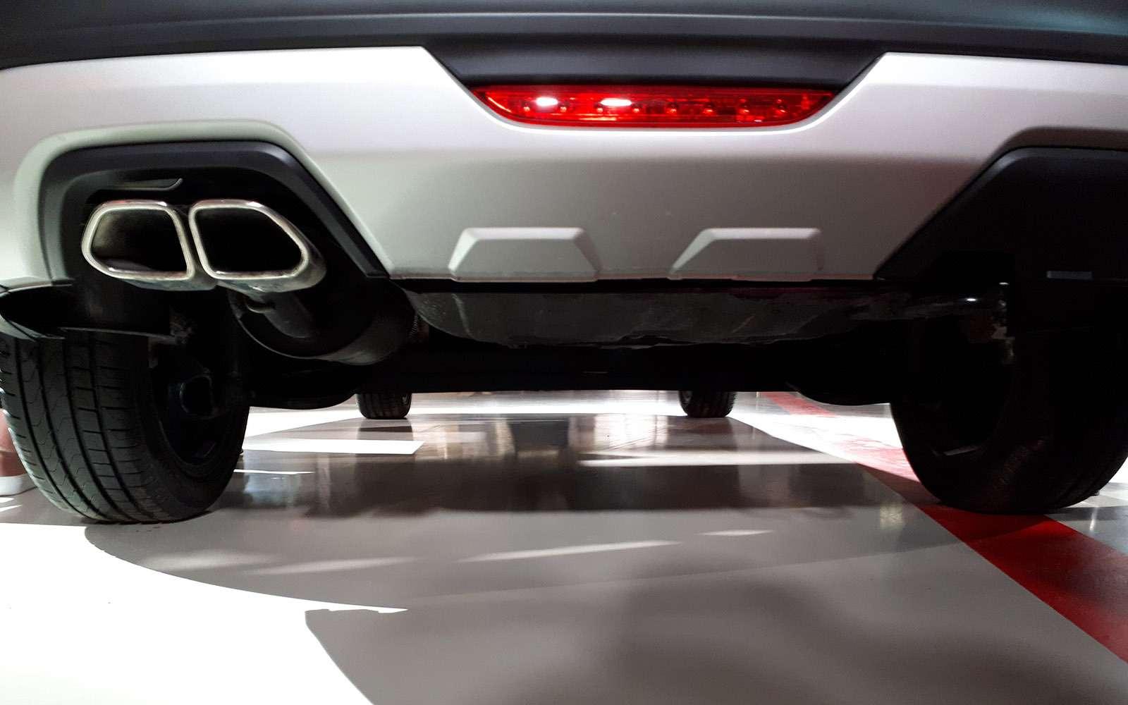 Седан Lada Vesta Cross: производство началось. Когда его ждать впродаже?— фото 863344