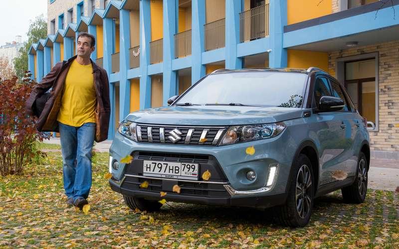 Дмитрий Певцов ищет автомобилистов-волонтеров