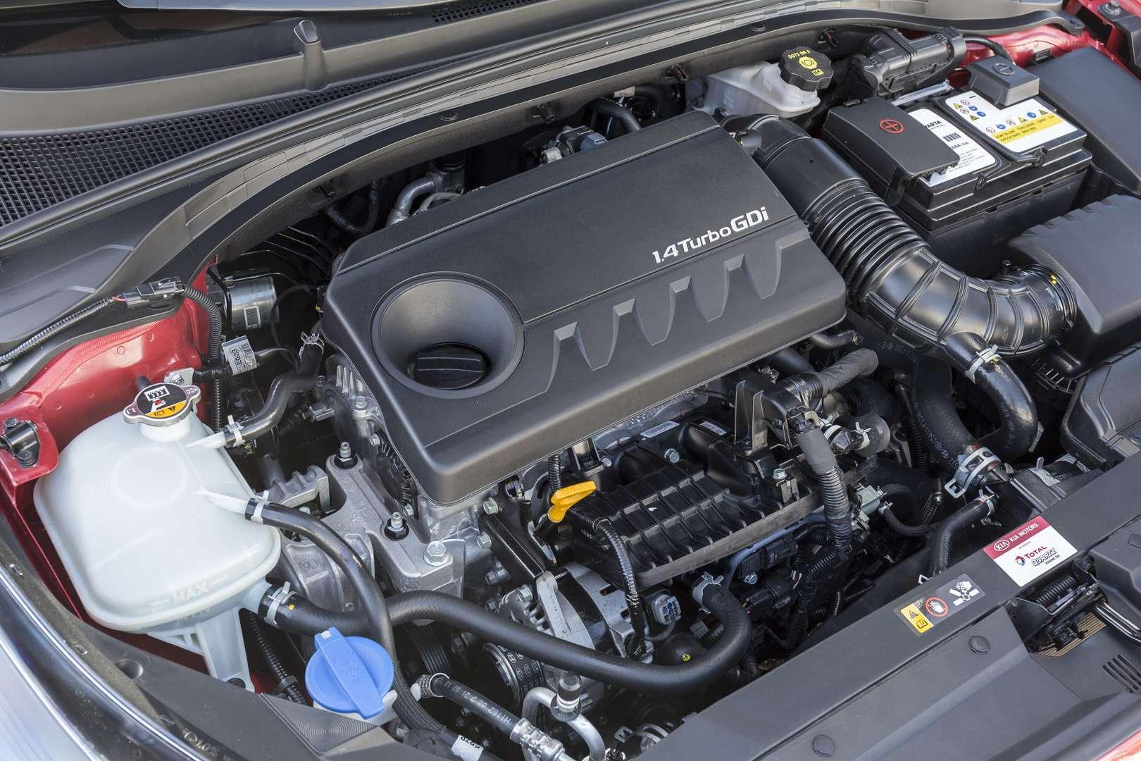 Новый ProCeed: необычная модель Kia— фото 957196
