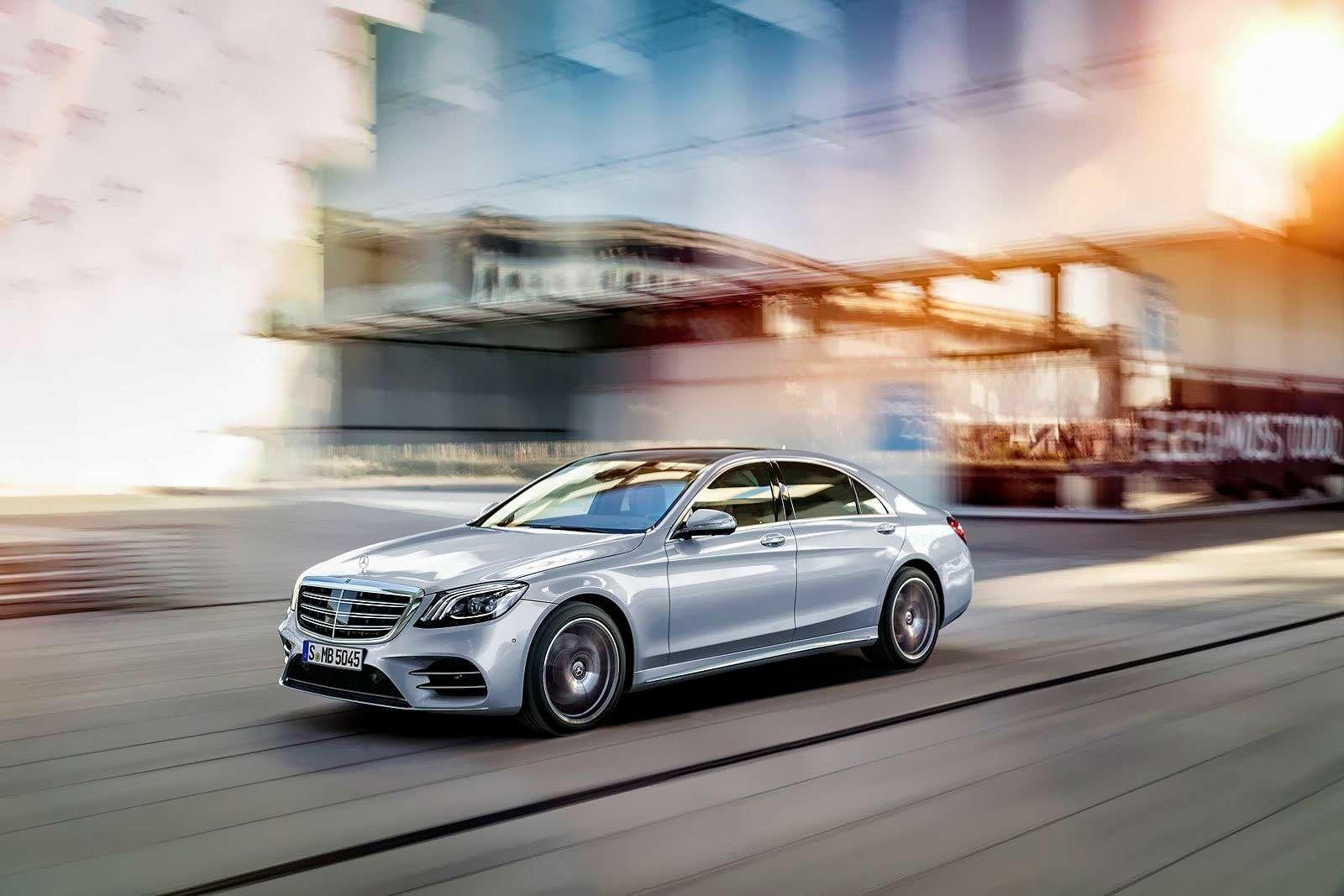 Mercedes-Benz S-класса: собновленным лицом иновыми моторами— фото 786215