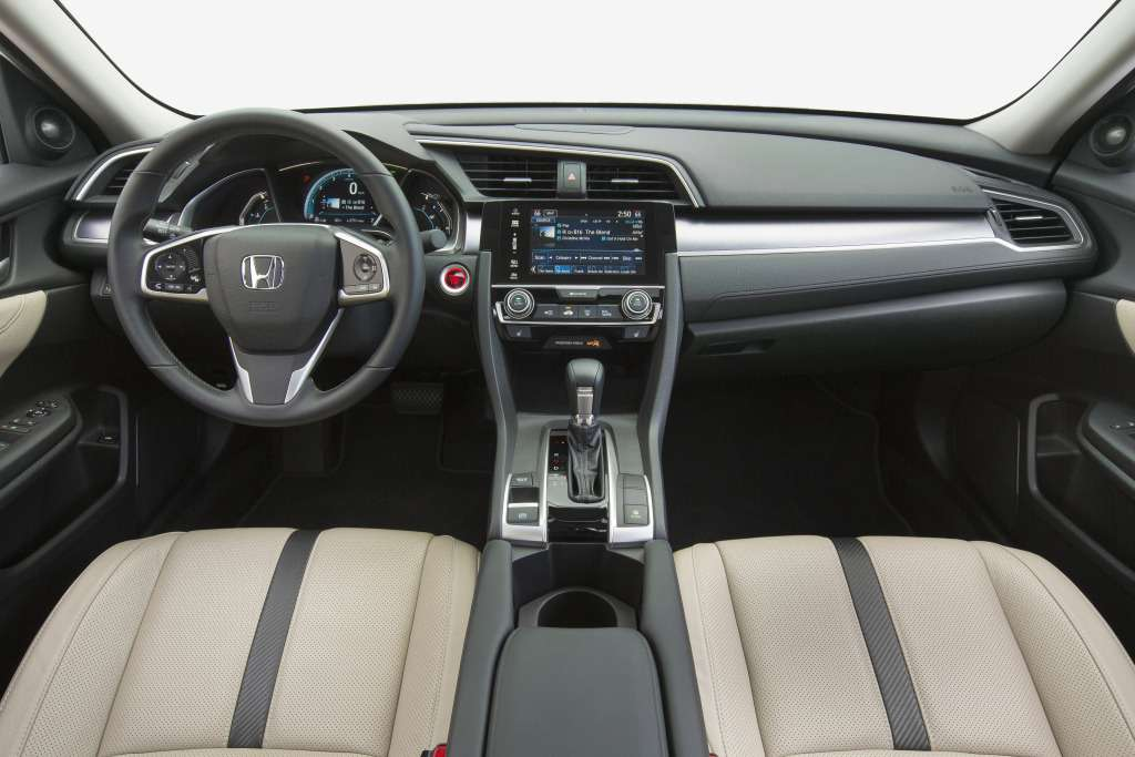 honda_civic_sedan_touring_3