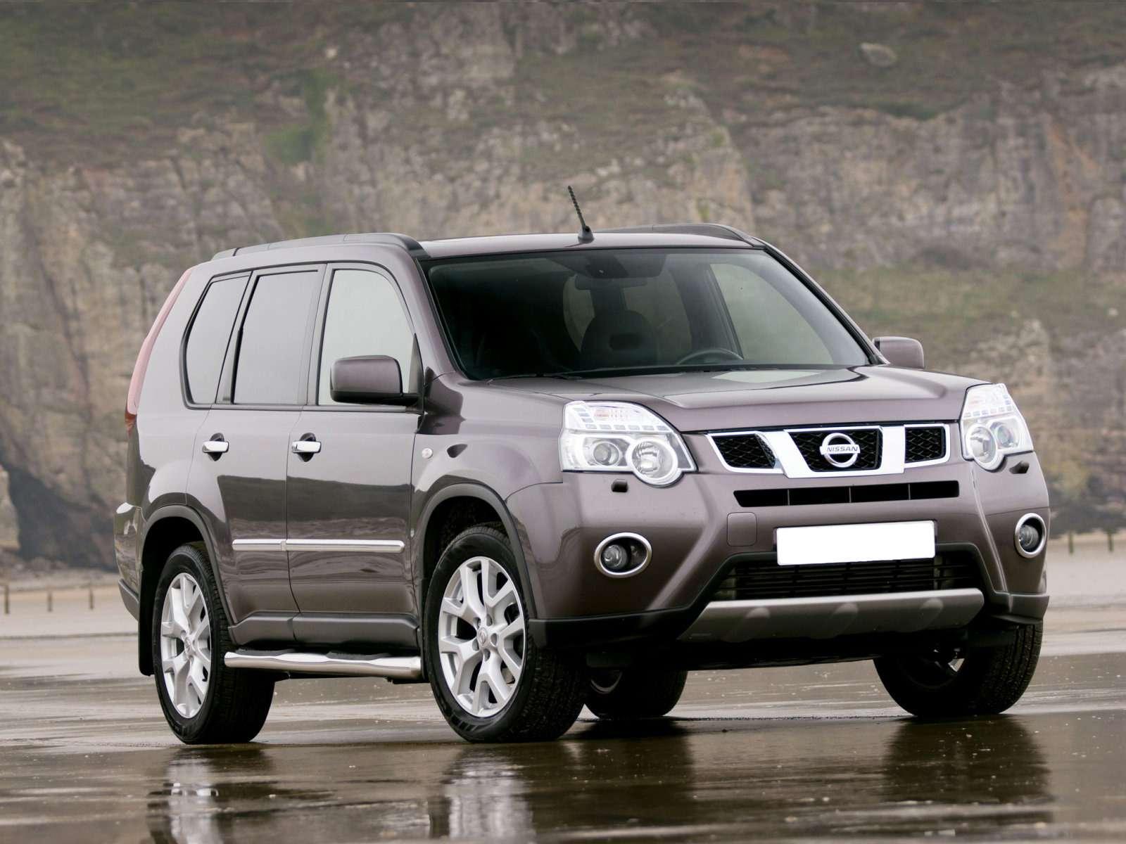 Nissan_X-Trail_SUV 5door_2011