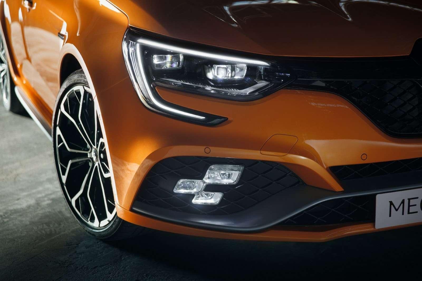 Renault Megane RS: хот-хэтч cдвигателем отспорткара— фото 793715