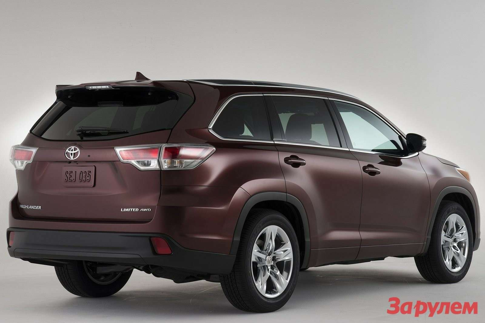 Toyota Highlander 2014 1600x1200 wallpaper 09