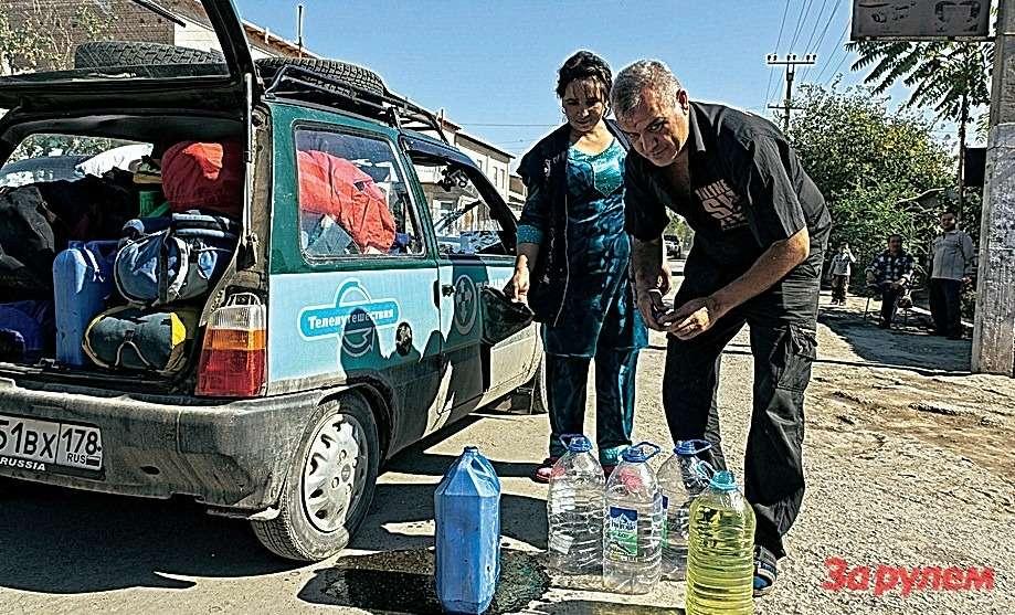 Выбирать среди марок бензина вУзбекистане не принято: радуешься тому, что есть.