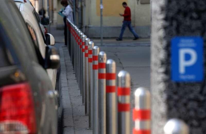 20тысяч платных машино-мест появится вМоскве счетверга