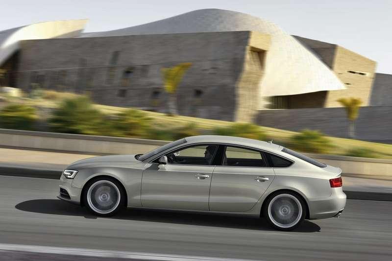 Audi-A5_Sportback_2012_1600x1200_wallpaper_05