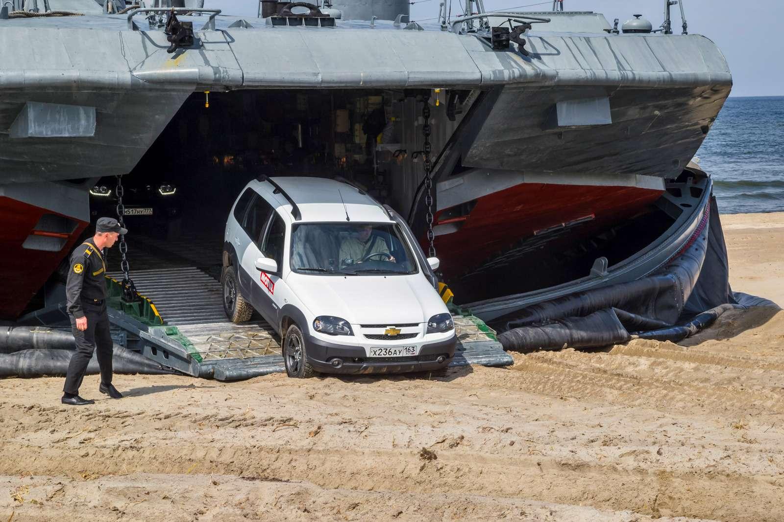 УАЗПатриот, Chevrolet Niva иRenault Duster: морской бой, или Русский десант вПрибалтике— фото 610165