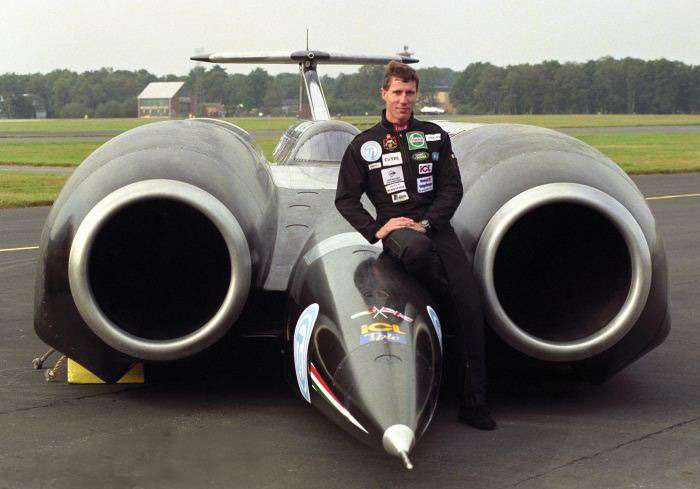 4 road land speed records thrust ssc