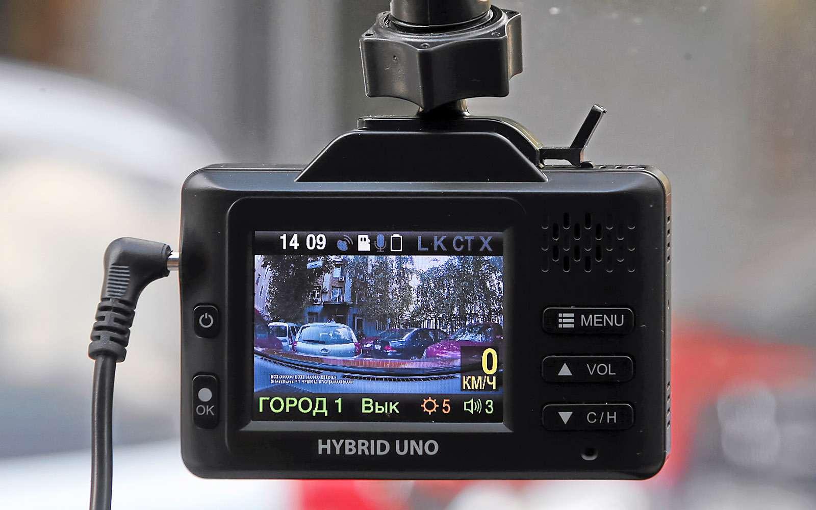 Видеорегистраторы срадар-детектором—  тест 7моделей— фото 651734