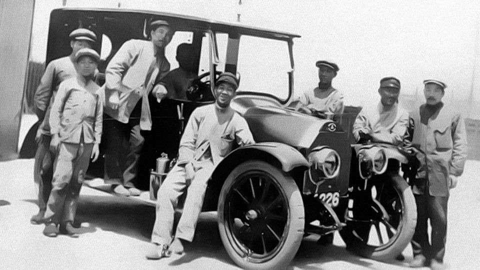 Те, кому за100: самые старые производители автомобилей— фото 589242