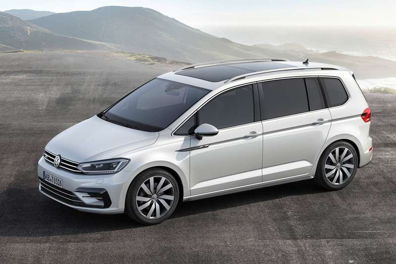 Volkswagen-Touran_2016_1600x1200_wallpaper_02