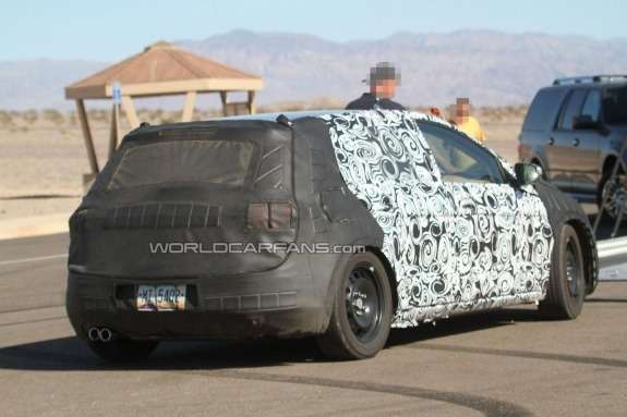 Volkswagen Golf Mk7 test prototype side-rear view