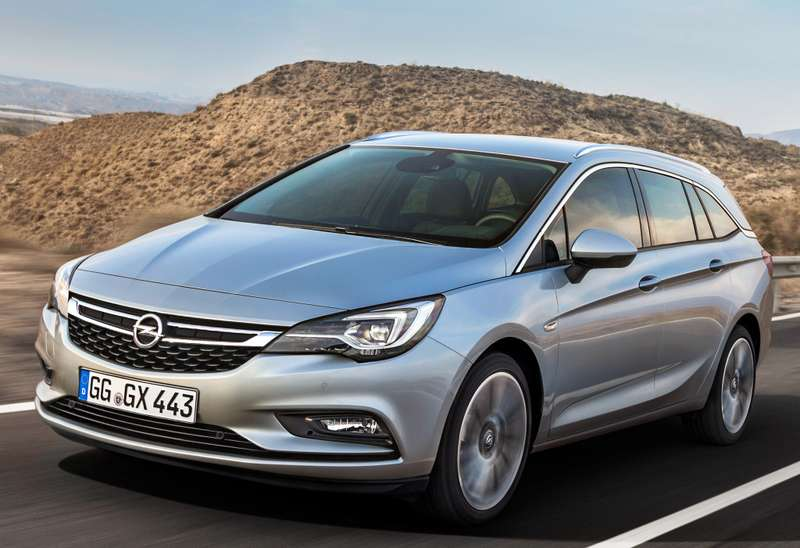 opel_astra_sports_tourer_18