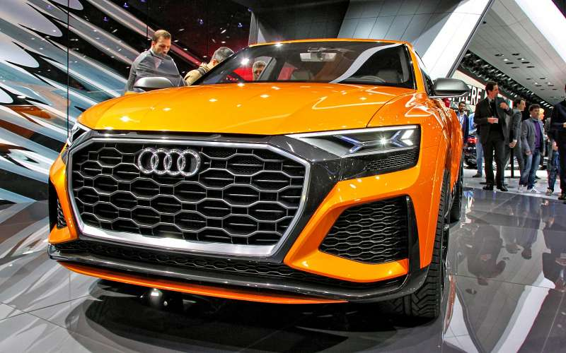 Концепт-тюнинг: Audi Q8приехал вЖеневу сэлектрическим наддувом