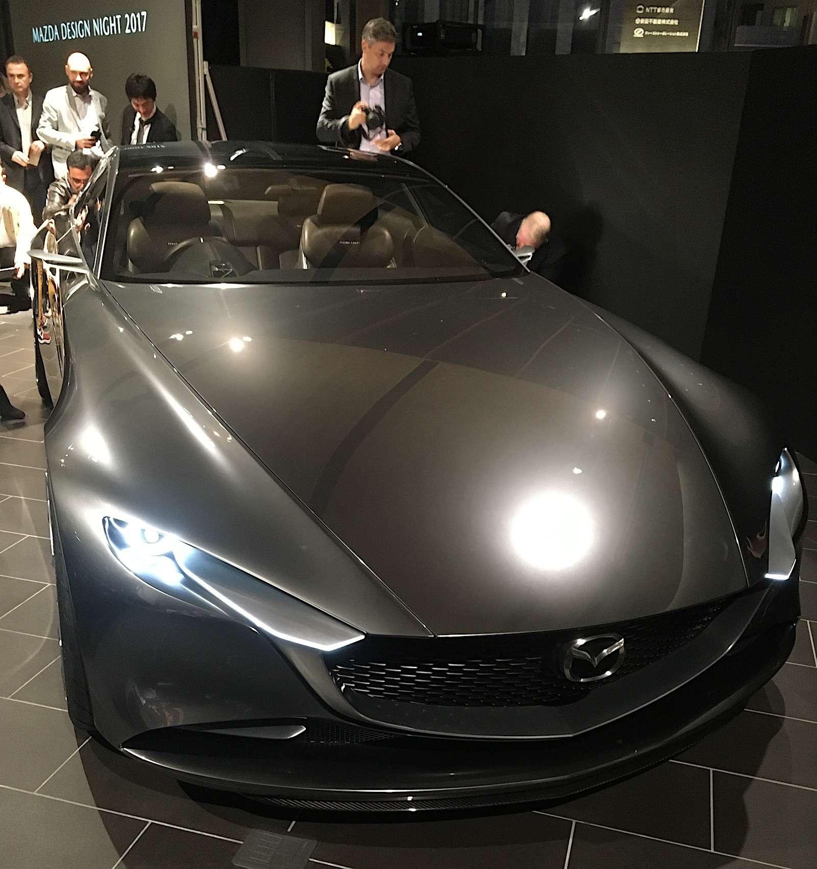 Больше света: Mazda представила обновленную дизайн-концепцию— фото 808886
