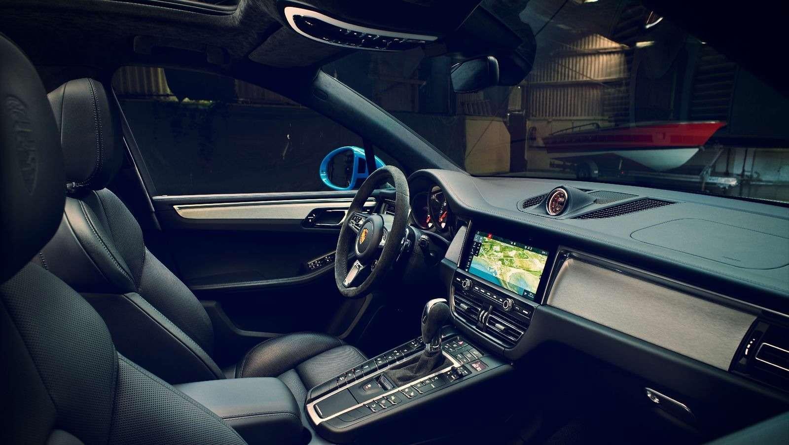 Обновленный Porsche Macan: широкий экран имотор отПанамеры— фото 890170