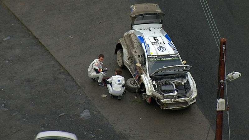 4641_mikkelsen-crashed-road-wales-2104_889_896x504