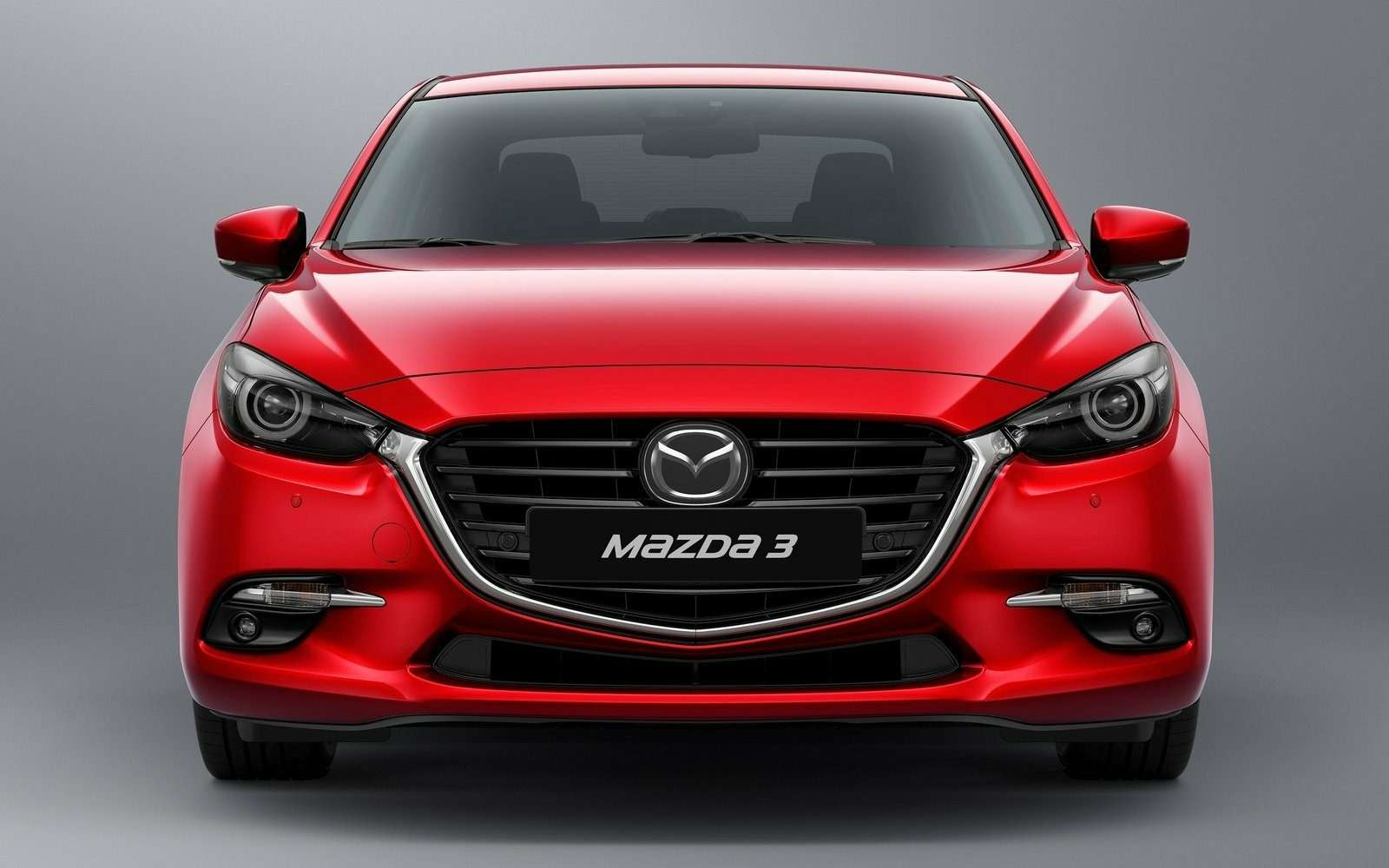 Обновленная Mazda 3будет сама жать нагаз!— фото 608694