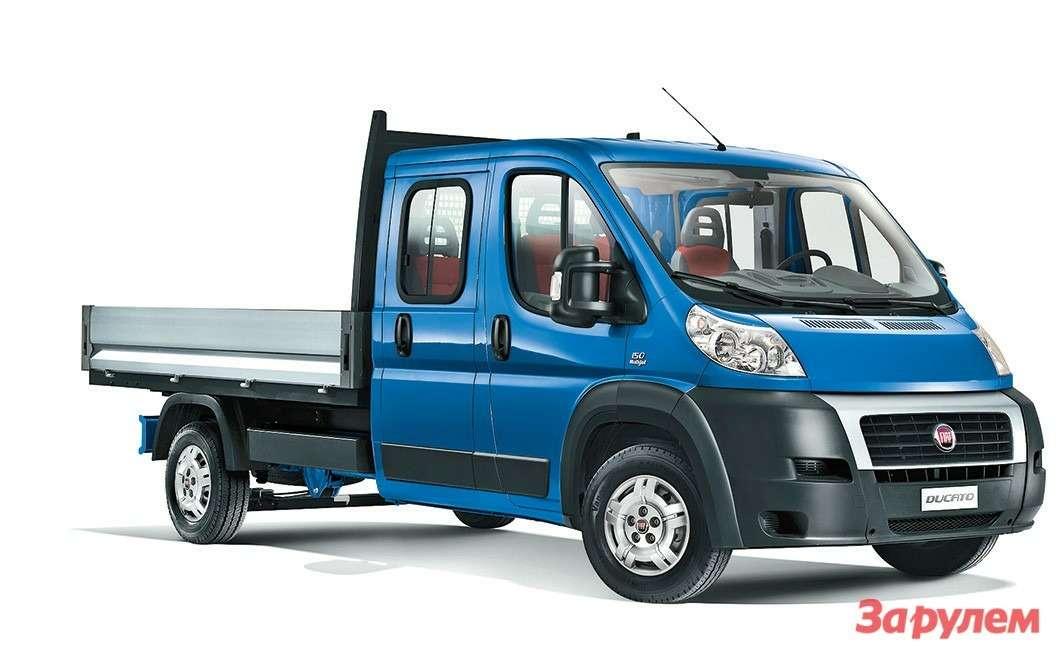 Двухрядная кабина— эксклюзивное  предложение отFIAT, ведь ни Peugeot,  ниCitroen такие шасси непоставляют