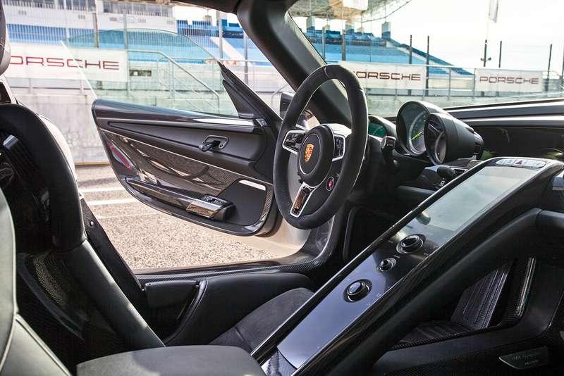 07Porsche 918 Spyder Estoril_zr 02_15