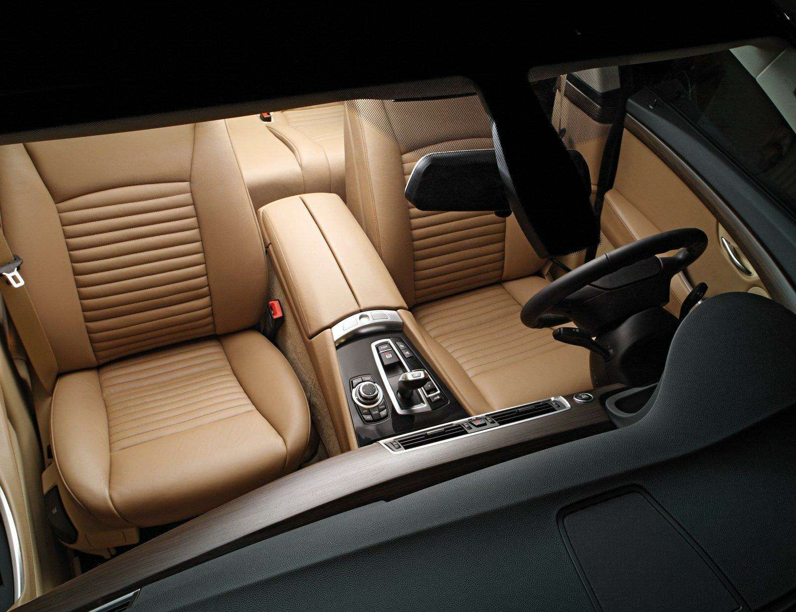 Trussardi придал лоск BMW GT