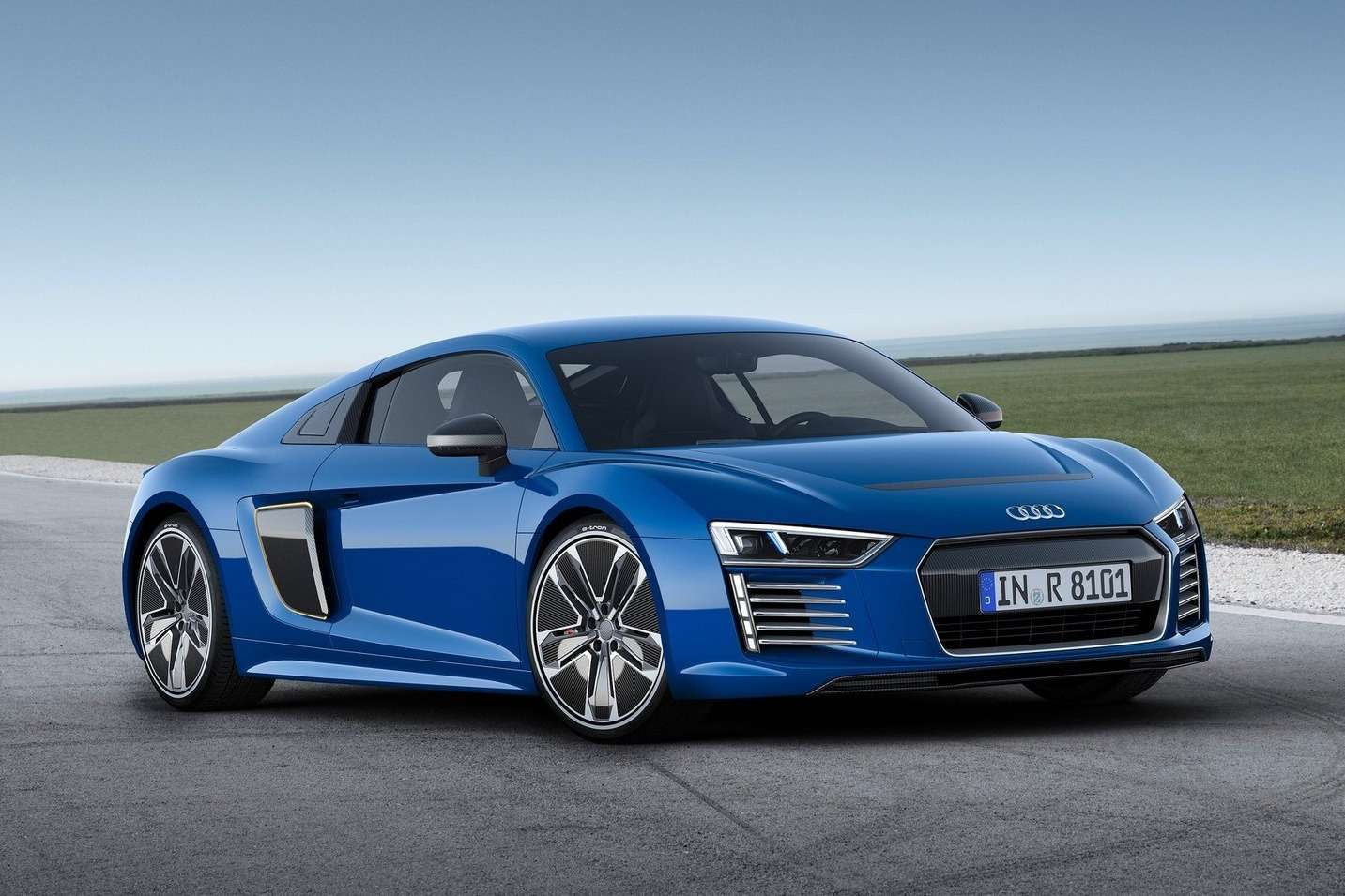20150306_audi_r8_e_tron_2016_1600x1200_wallpaper_02