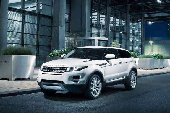 Land Rover Range Rover Evoque side-front view