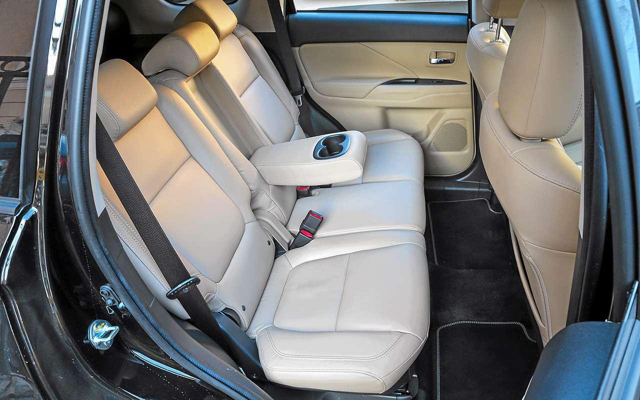 Новый Toyota RAV4, Forester иOutlander: большой тест кроссоверов— фото 1057717
