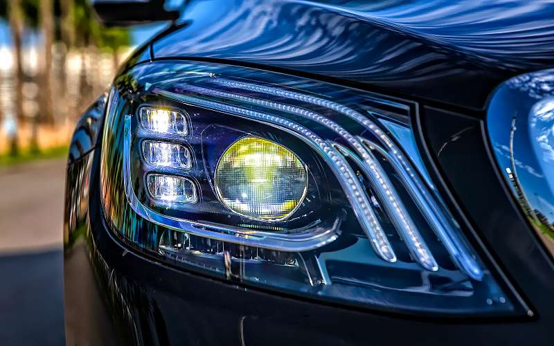 Benz назвал дату старта продаж кабриолета E-Class в Российской Федерации