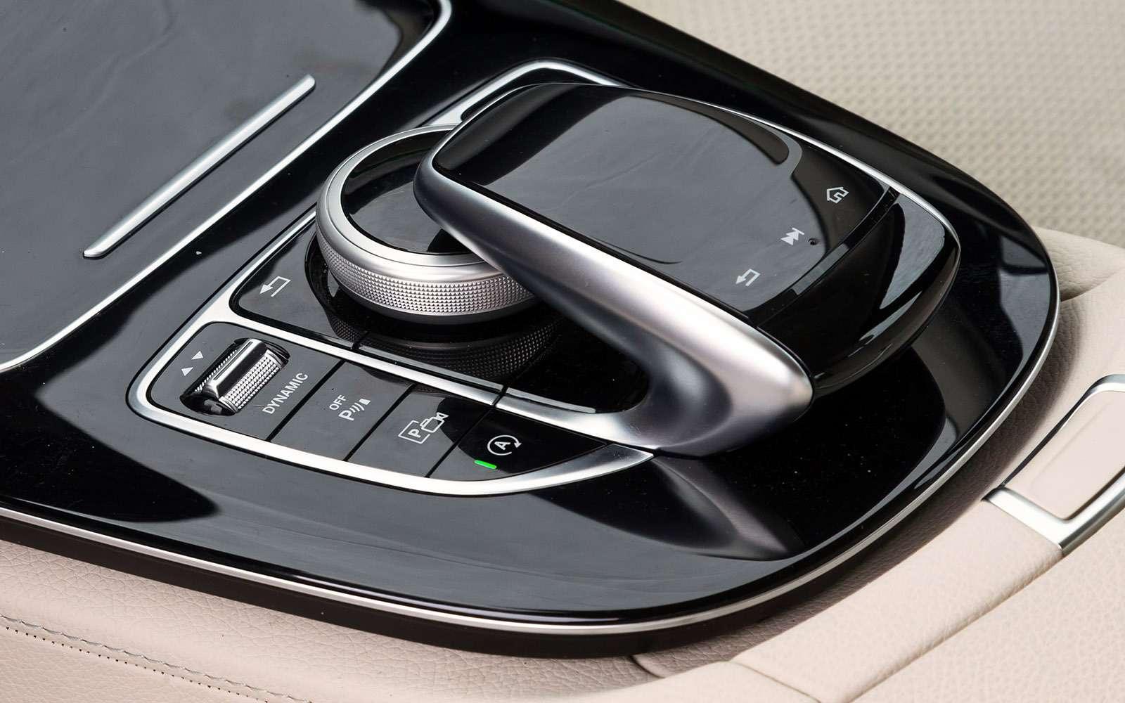 BMW5-й серии против конкурентов: кто напять?— фото 743835