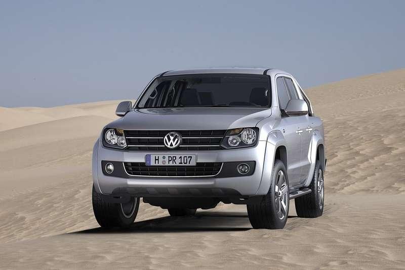 Volkswagen-Amarok_2011_1600x1200_wallpaper_04