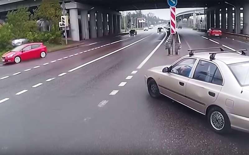 5 типичных аварий: самые дурацкие ошибки водителей