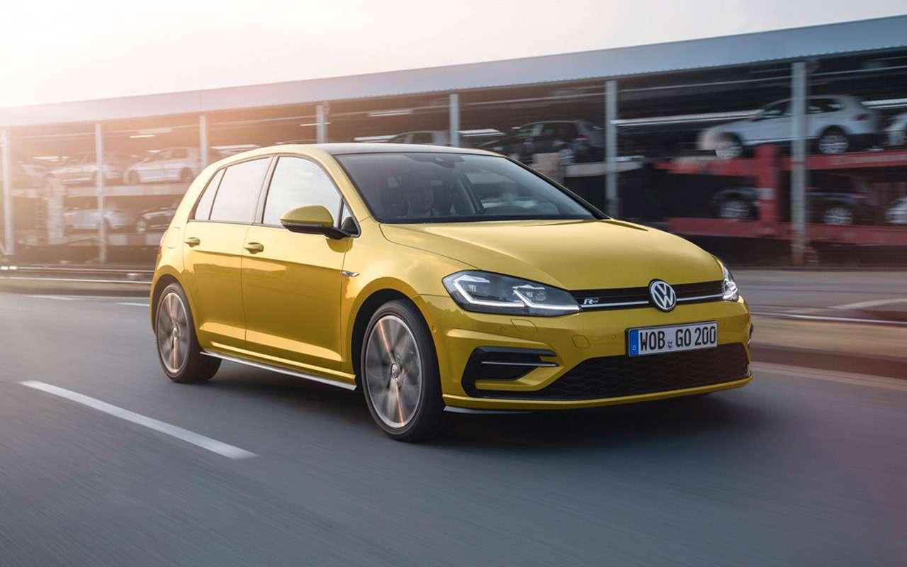 Volkswagen Golf вернулся вРоссию: известны цены икомплектации— фото 904989