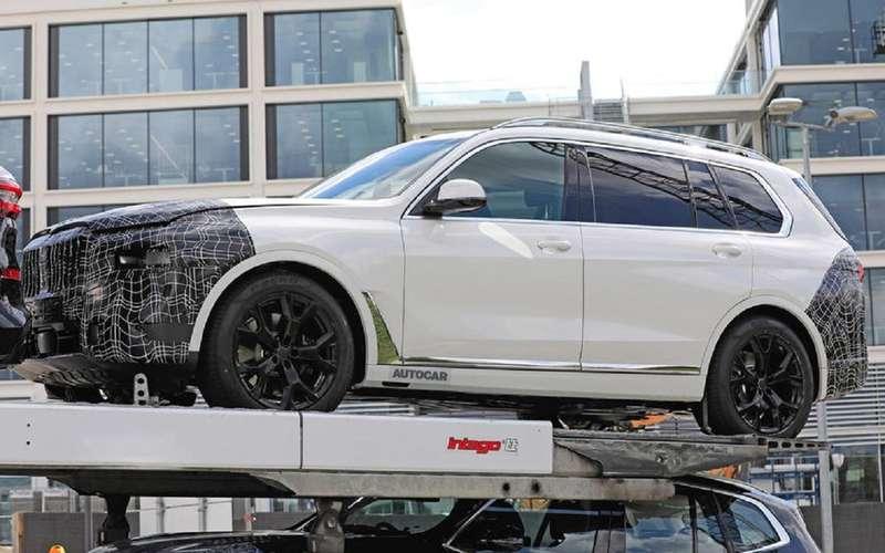 Первые фото обновленного BMW X7