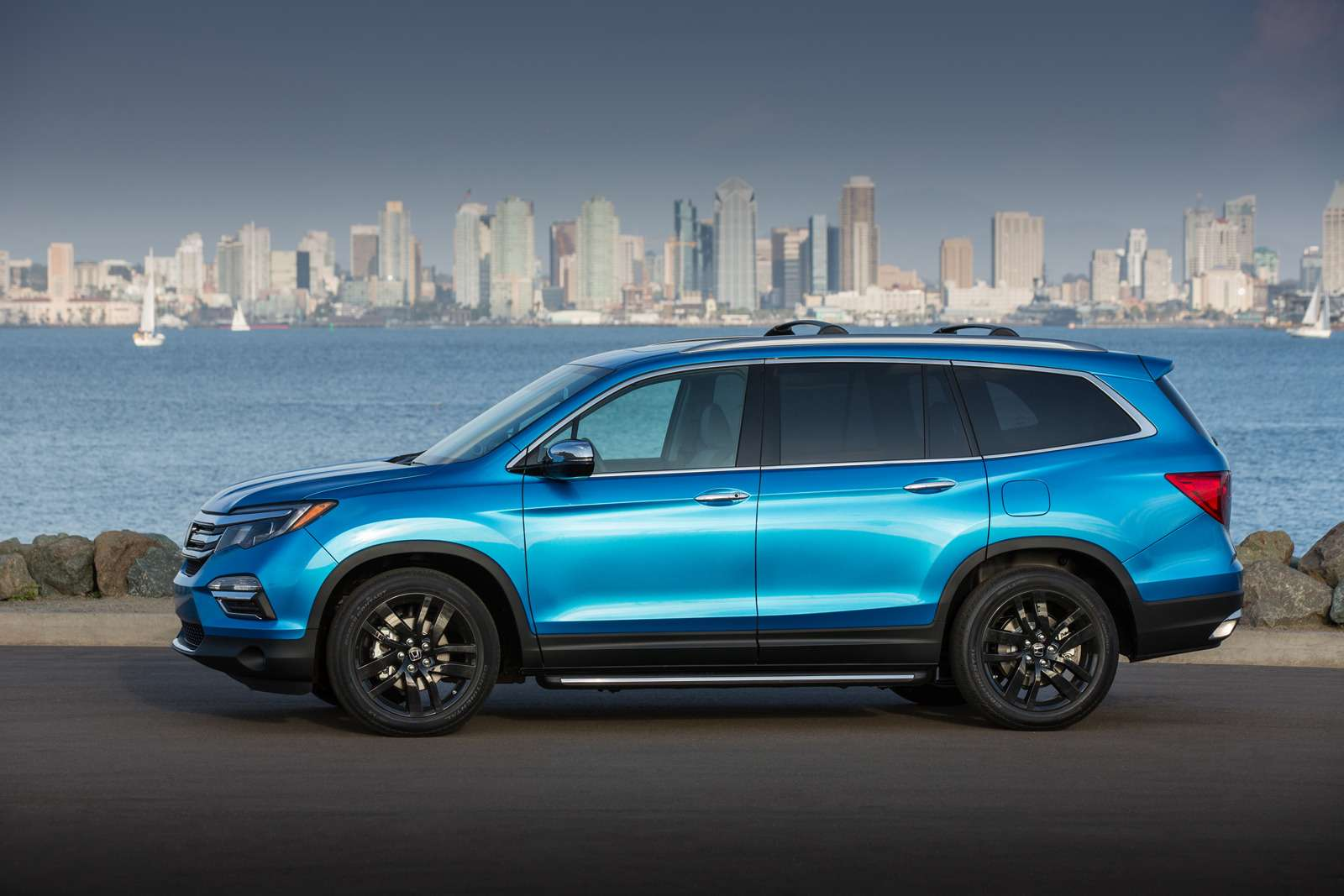 2016 Honda Pilot with accessory package
