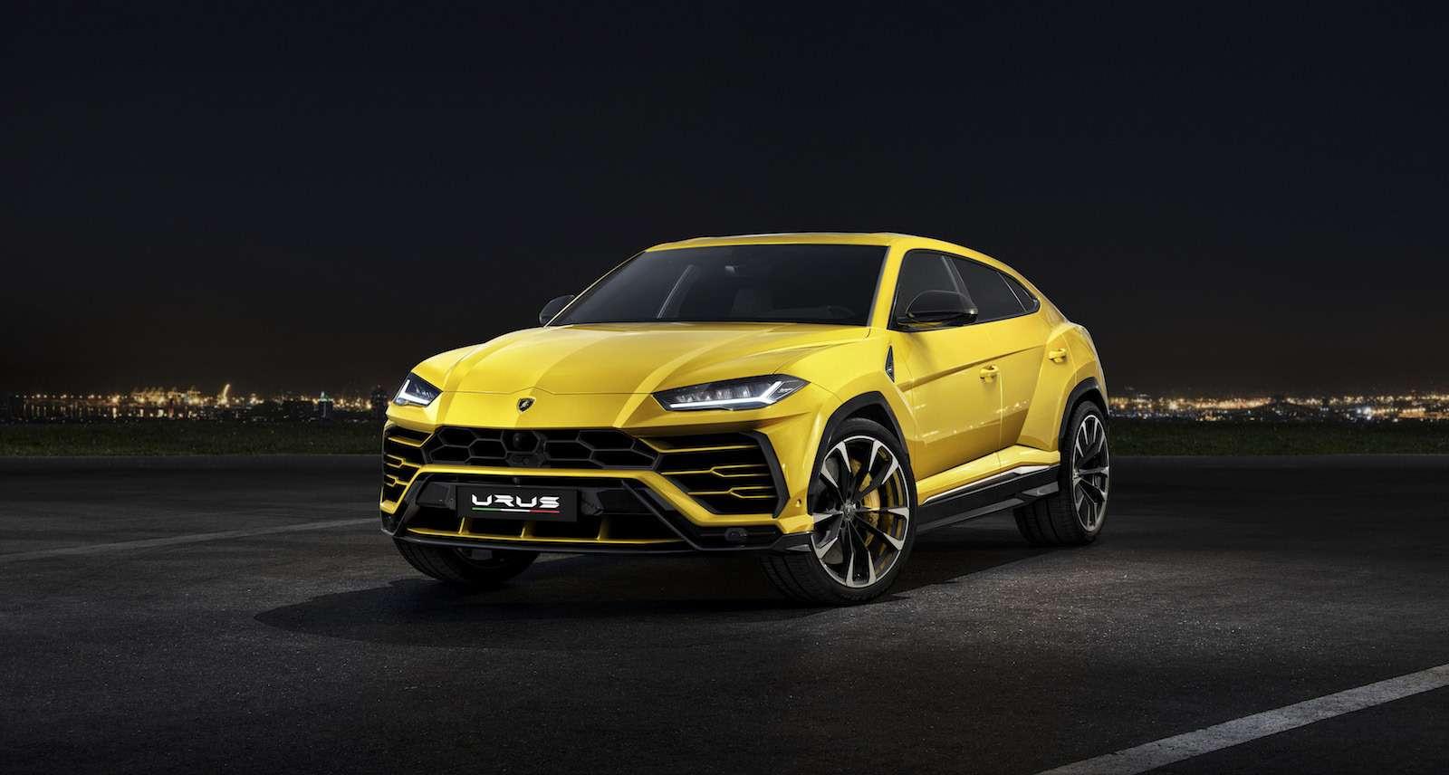 Lamborghini привезла вРоссию автомобиль, который небоится «лежачих полицейских»— фото 845504