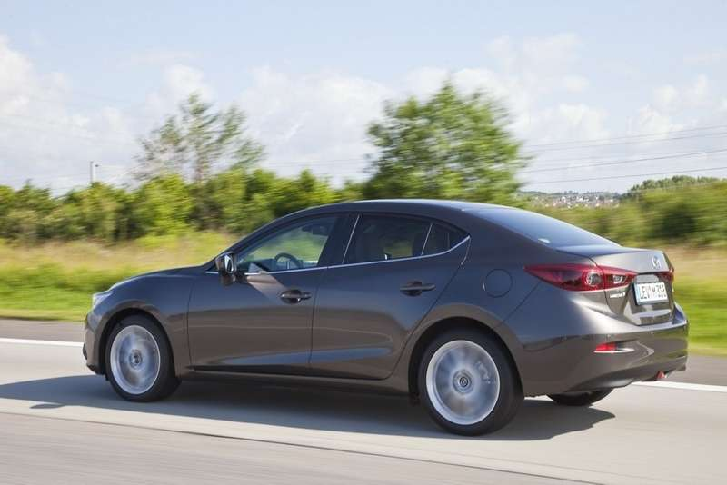 New 2014 Mazda3 Sedan 4[1] no copyright