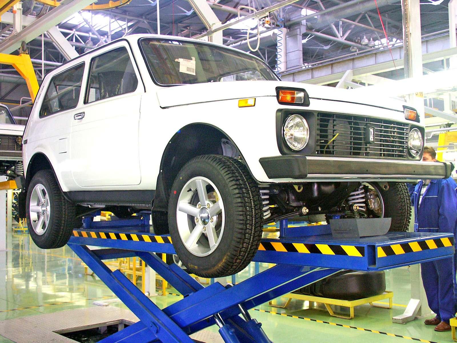 Lada встиле BMW: зачем наши машины выпускают заграницей— фото 684776