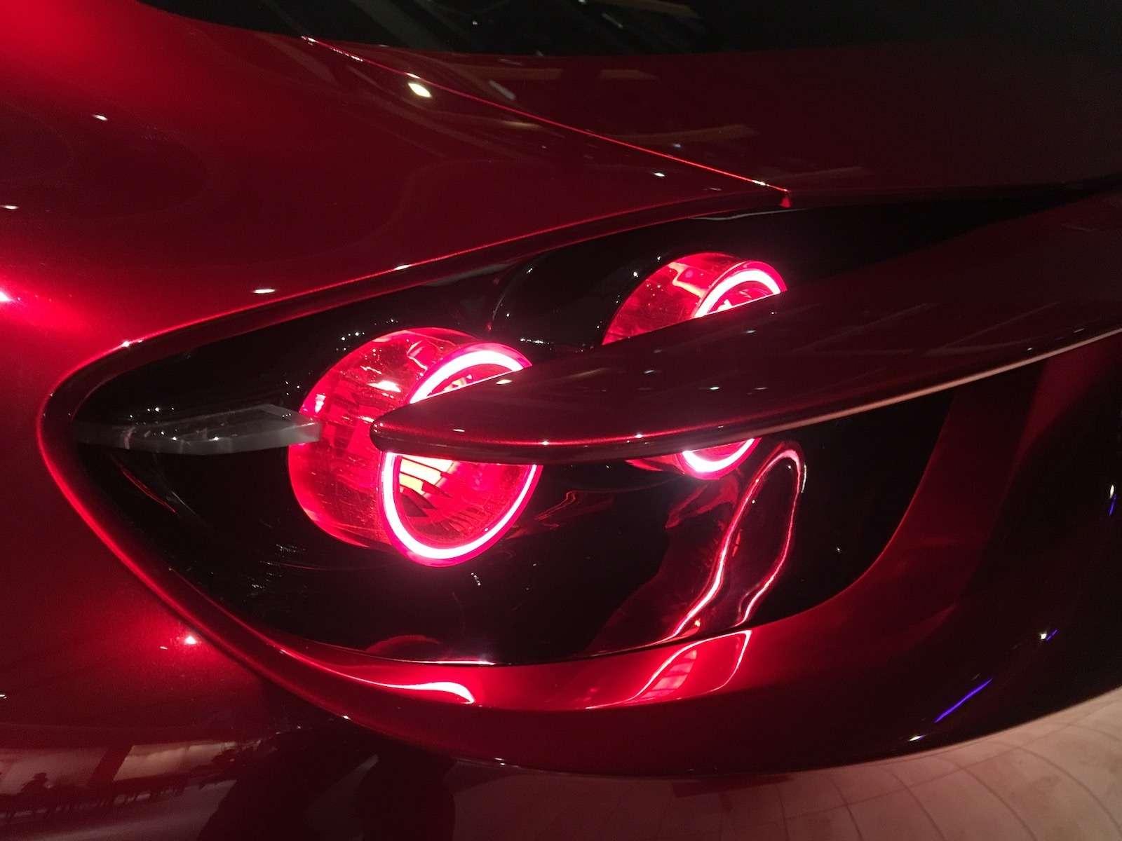 Больше света: Mazda представила обновленную дизайн-концепцию— фото 808873