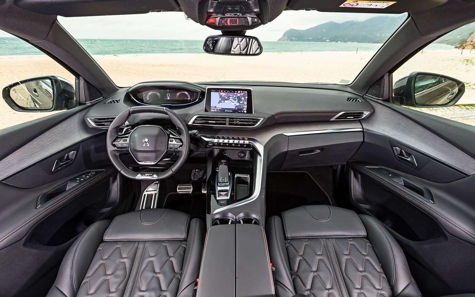 Новый Peugeot 5008: всемером попаркету— фото 736350