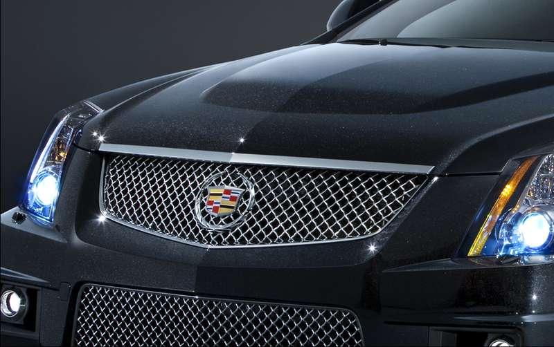 """Cadillac обрел расцветку """"черный бриллиант"""""""