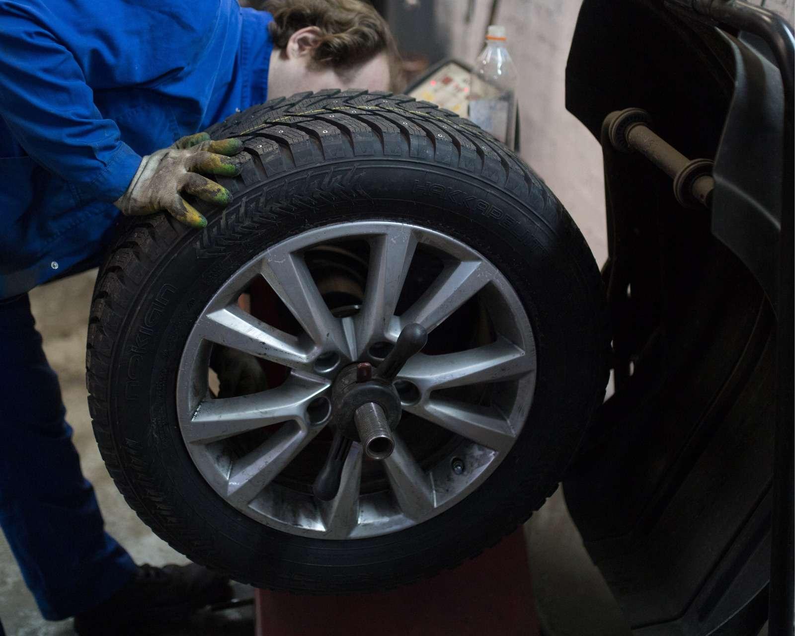 Меняем колеса: самостоятельно или успециалиста? Опрос ЗР— фото 581307