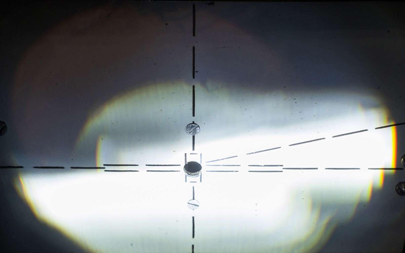 Светодиоды вместо галогенок вштатных фарах: полный провал!— фото 754728